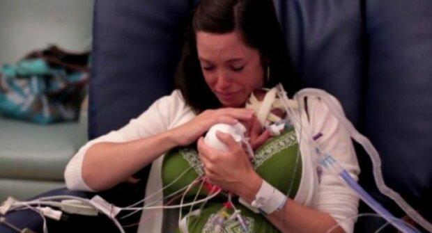 """""""107 nocí bez matky"""": dítě se narodilo dříve. Tatínek pro něj chtěl se natáčet příběh"""