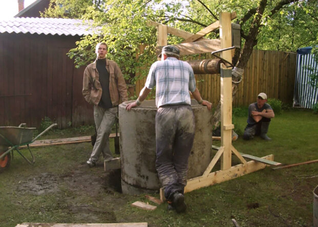 """""""Jak postavit studnu, tak postav sám. Jak vodu nabírat, tak je všechno naráz společné"""": Musel jsem odpuzovat drzé sousedy"""