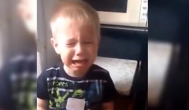 """""""Dej ode mě své dítě pryč"""": Tchyně nesnáší mého syna z prvního manželství"""