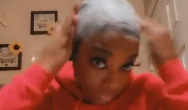 Aby zafixovat účes, dívka použila super-lepidlo: Jak nyní vypadají vlasy dívky