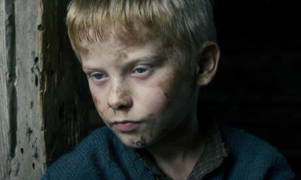Dítě. Foto: snímek obrazovky YouTube