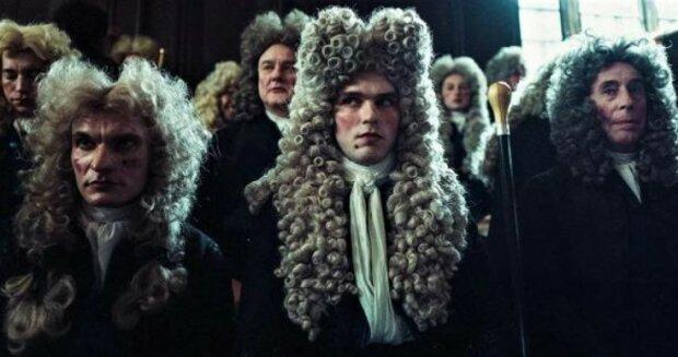 Stalo se známo, proč muži v Evropě 17-18 století nosili napudrované paruky