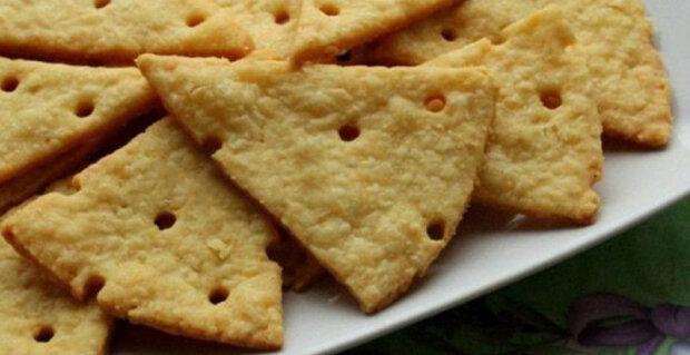 """Jednoduchý recept na neslazené sýrové krekr: """"Domácí krekr, můžete přidat jakékoli koření"""""""